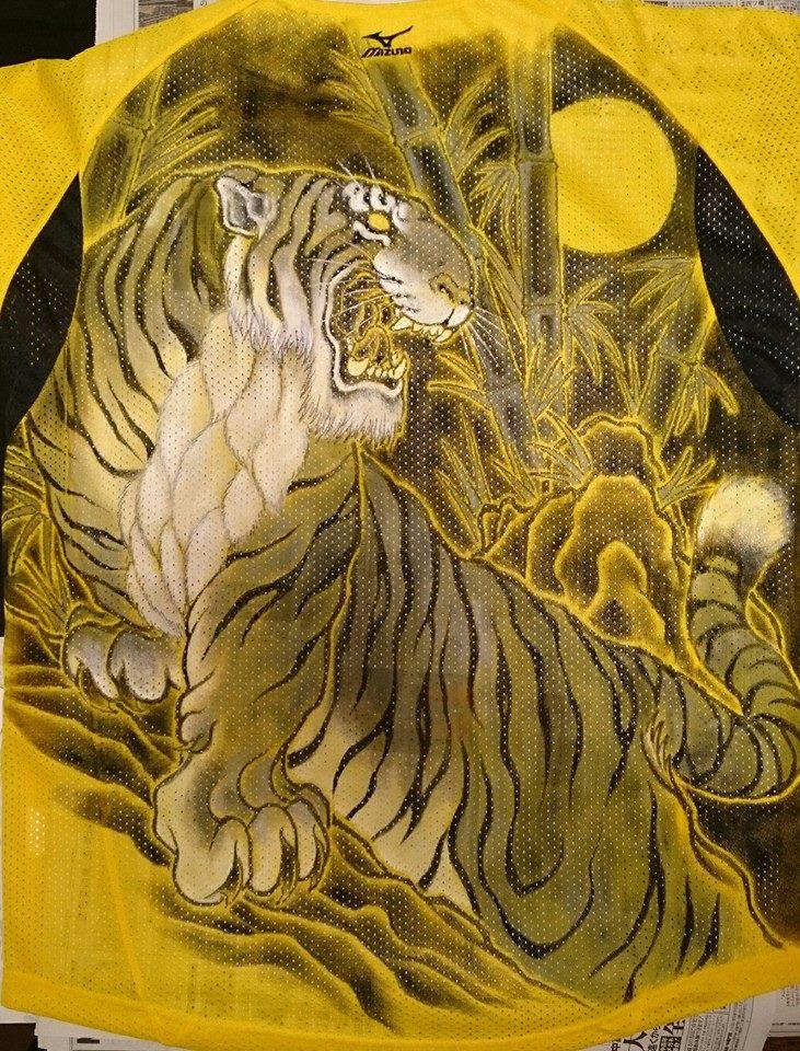 阪神タイガース 手描きユニフォーム モノクロ虎