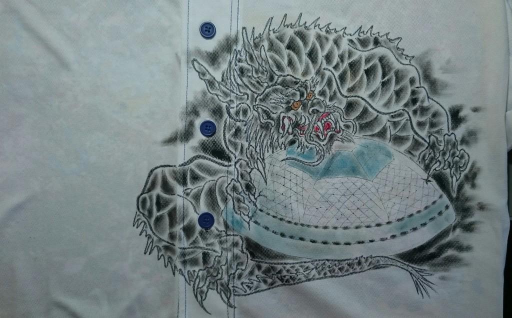 中日ドラゴンズ 手描きユニフォーム 龍と名古屋ドーム