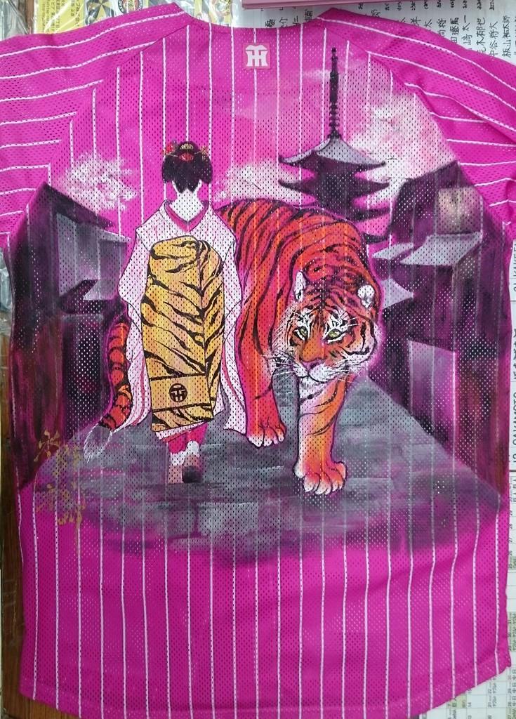 阪神タイガース 手描きユニフォーム 舞妓はん