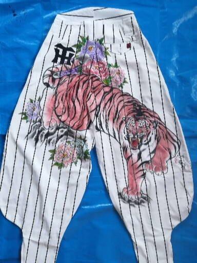 阪神タイガース 手描きニッカ乱れ咲き